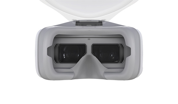High Resolution Typical 2K Screens Inside The Goggles Are Split Into Two 1280x1440 Sections One For Each Eye When Viewing A 169 Image Some