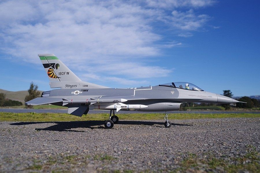 FMS 70mm F-16C Fighting Falcon PNP