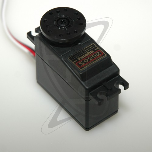 Futaba S9252 digital servo